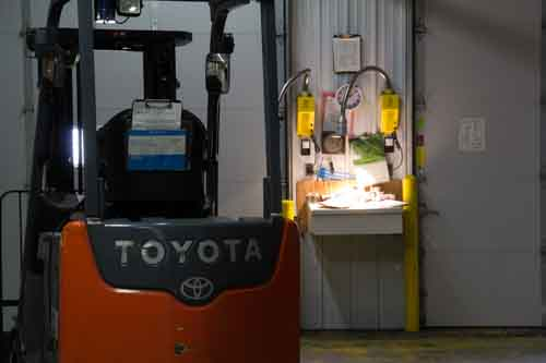 Fork lift repair at MN 19 Truck wash and repair